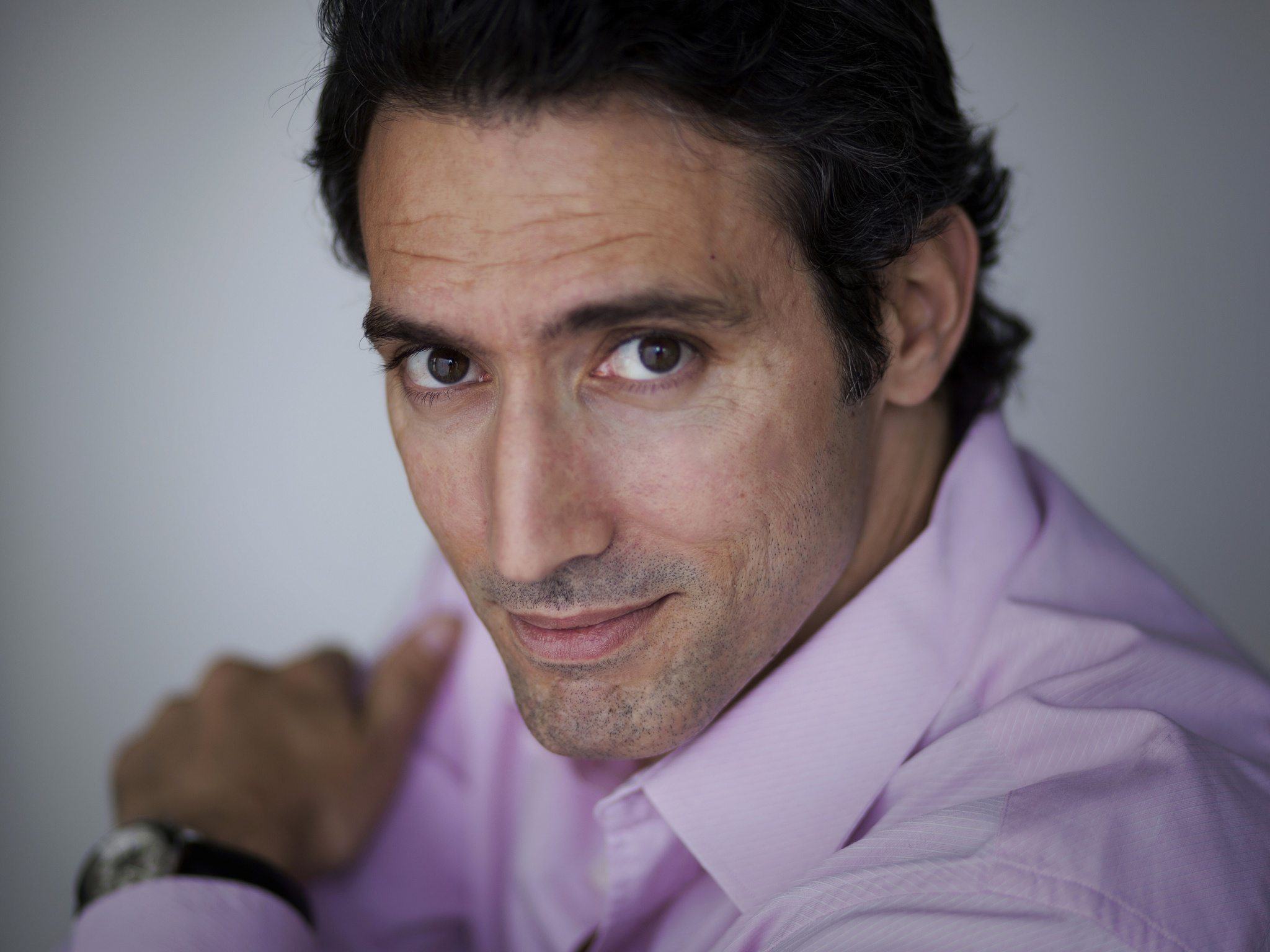 Dr. Andrés Freschi